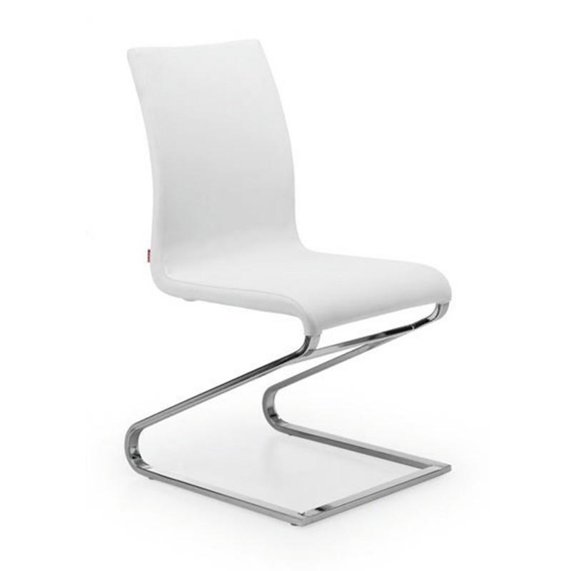 silla moderna con patas cromadas tapizado piel