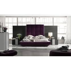 Cabezal y mesitas de matrimonio, color:  plata envejecida, tapizado: granate/purpura